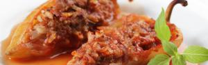 ¿Cómo preparar jalapeños rellenos de chicharrón?